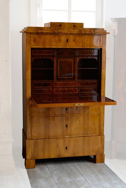 antiquit ten am rabenturm gerhard riedel m hlhausen th ringen m bel. Black Bedroom Furniture Sets. Home Design Ideas